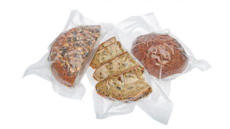 Vakuumiranje kruha u Statusove vrećice za vakuumiranje.